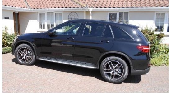 Martin left us a review after leasing his new Mercedes GLC 250 AMG Night Edition