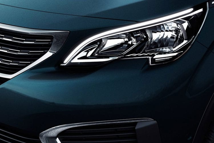 Peugeot 5008 SUV 1.2 PureTech 130PS Allure 5Dr Manual [Start Stop] detail view
