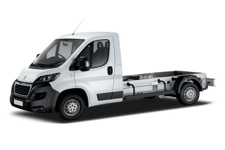 Peugeot Boxer 335 L4 2.2 BlueHDi FWD 165PS Built for Business Plus Chassis Curtainside Manual [Start Stop] front view
