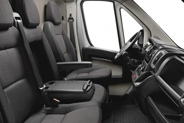 Peugeot Boxer 335 L4 2.2 BlueHDi FWD 165PS Built for Business Plus Chassis Curtainside Manual [Start Stop] inside view