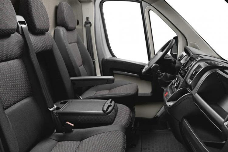 Peugeot Boxer 335 L4 2.2 BlueHDi FWD 165PS Built for Business Plus Dropside Manual [Start Stop] inside view